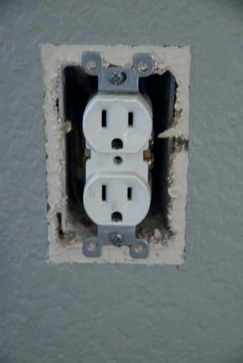 """The """"naked"""" plug"""