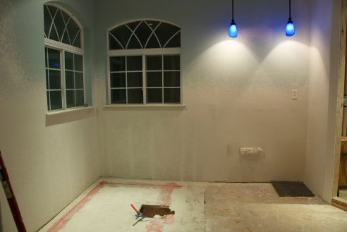 The Hubs/tub area after sheetrock repair