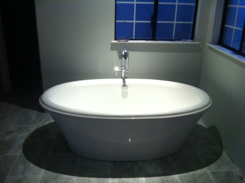 My beautiful new freestanding tub!